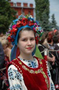ハリコフ・民族衣装の女性